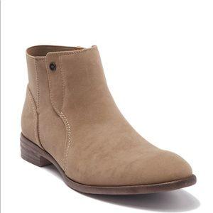 NWOB Robert Wayne Orion Chelsea Boot Size 10
